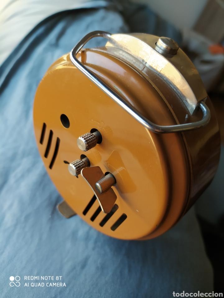 Despertadores antiguos: Antiguo reloj despertador Ruhla DDR - Foto 3 - 192783297