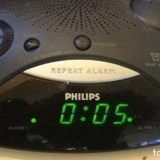 Despertadores antiguos: RELOJ DESPERTADOR RADIO PHILIPS AJ 3290 - FUNCIONADO PERFECTAMENTE. Lote 194211221