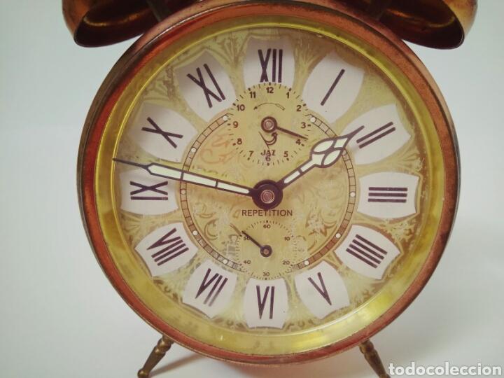 DESPERTADOR FUNCIONANDO DE LOS AÑOS 50 JAZZ REPETITION FABRICADO EN FRANCIA AAA (Relojes - Relojes Despertadores)