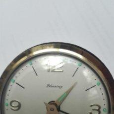 Despertadores antiguos: RELOJ DESPERTADOR BLESSING AUTOMATICO. Lote 195382706