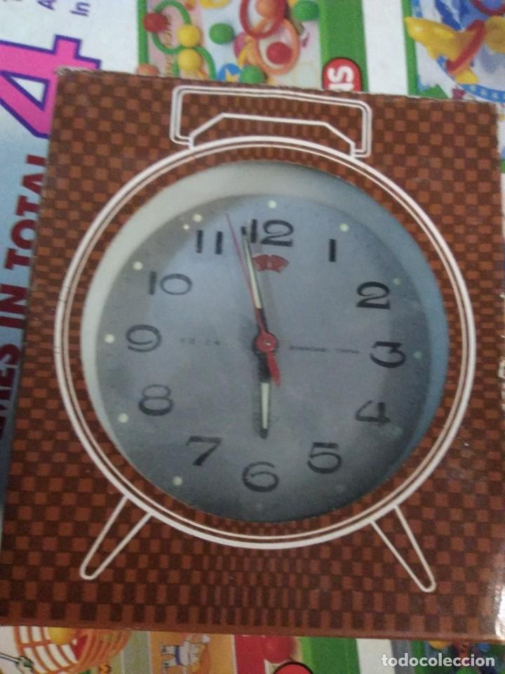 RELOJ DESPERTADOR VINTAGE DIAMOND DE CUERDA CARGA MANUAL AÑOS 60 EN SU CAJA (Relojes - Relojes Despertadores)