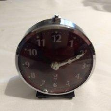 Despertadores antiguos: RELOJ DESPERTADOR DE LA DÉCADA DE LOS 70, MARCA JAZ, FUNCIONA.. Lote 196135528