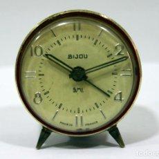 Despertadores antiguos: PEQUEÑO RELOJ DESPERTADOR BIJOU. FUNCIONANDO PERFECTO.. Lote 196529360