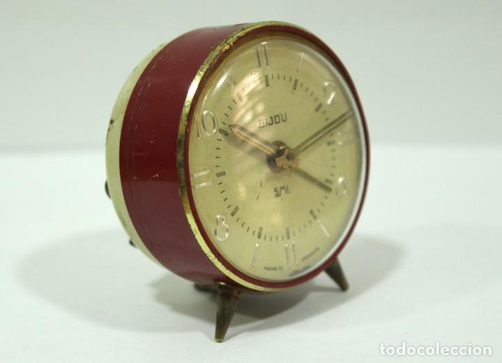Despertadores antiguos: Pequeño Reloj despertador BIJOU. FUNCIONANDO PERFECTO. - Foto 4 - 196529360