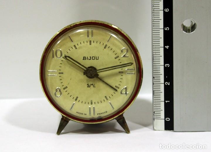 Despertadores antiguos: Pequeño Reloj despertador BIJOU. FUNCIONANDO PERFECTO. - Foto 6 - 196529360