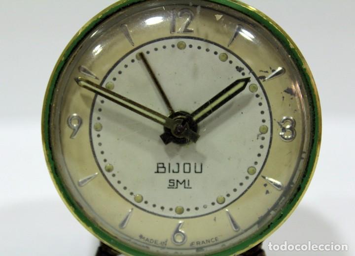 Despertadores antiguos: Pequeño Reloj despertador BIJOU. Años 1960. - Foto 4 - 196531800