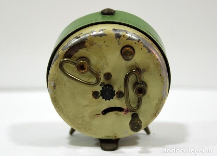 Despertadores antiguos: Pequeño Reloj despertador BIJOU. Años 1960. - Foto 5 - 196531800