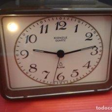 Despertadores antiguos: RELOJ DESPERTADOR KIENZLE CON LUZ LINTERNA. AÑOS 80. FUNCIONANDO. VINTAGE. Lote 198474561