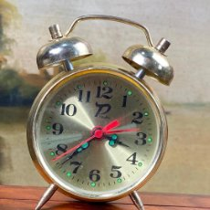 Despertadores antiguos: BONITO RELOJ DESPERTADOR. Lote 199857012