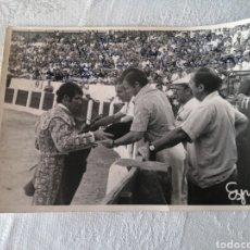 Despertadores antiguos: FOTO DEDICADA DE LA ALTERNATIVA DE PACO BAUTISTA, 27/8/1972.PLAZA D SANTA MARGARITA DE LINARES JAÉN.. Lote 205727106