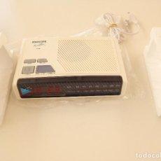 Despertadores antiguos: RADIO RELOJ DESPERTADOR PHILIPS AJ 3180. A ESTRENAR. Lote 206235012