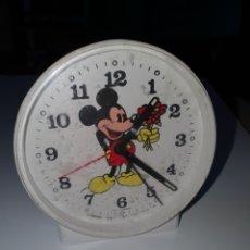 Despertadores antiguos: RELOJ DESPERTADOR MICKEY MOUSE.. Lote 206331166
