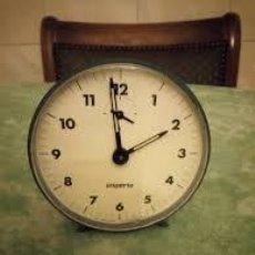 Despertadores antiguos: ANTIGUO RELOJ DESPERTADOR DE BAQUELITA MARCA IMPERIA MADE IN SPAIN.. Lote 206560466