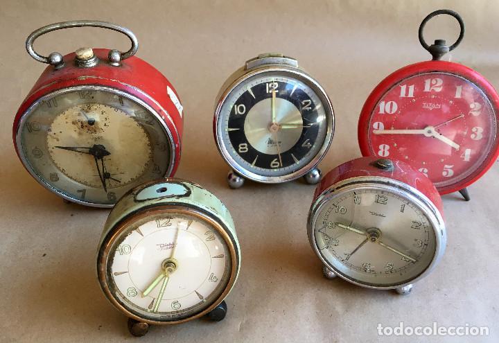 LOTE DE CINCO (5) DESPERTADORES PARA PIEZAS (Relojes - Relojes Despertadores)