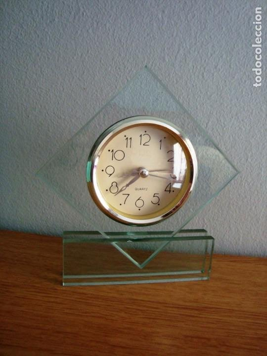 Despertadores antiguos: RELOJ DE CRISTAL QUARTZ CON ALARMA - Foto 4 - 209950121