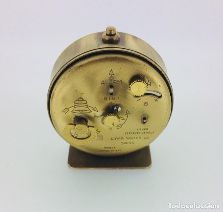 Despertadores antiguos: RELOJ DESPERTADOR DE MESILLA CYMA VINTAGE AÑOS 60 - Foto 2 - 210023562