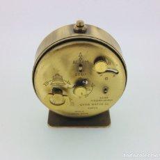 Despertadores antiguos: RELOJ DESPERTADOR DE MESILLA CYMA VINTAGE AÑOS 60. Lote 210023562