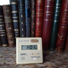Despertadores antiguos: RELOJ CASIO VINTAGE PIRÁMIDE O TRIANGULAR. Lote 210237913
