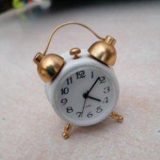 Despertadores antiguos: RELOJ DESPERTADOR 17 JEWELS. FUNCIONA.. Lote 210405115
