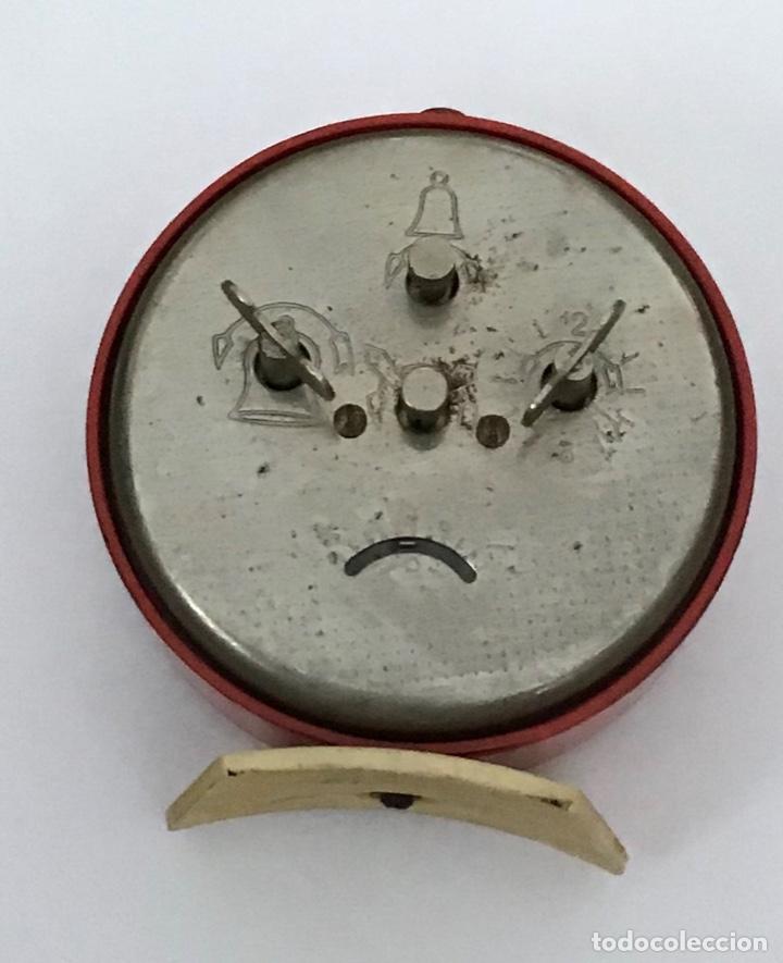 Despertadores antiguos: Lote 2 despertadores Sovieticos URSS - Foto 3 - 210407645