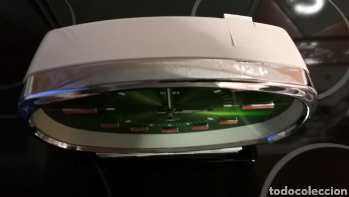 Despertadores antiguos: PRECIOSO RELOJ DESPERTADOR VINTAGE AÑOS 60/70 - Foto 4 - 213508277
