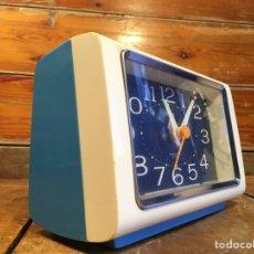 Despertadores antiguos: RELOJ DESPERTADOR IMPEX JAPAN FUNCIONANDO PERFECTO. Lote 213601525