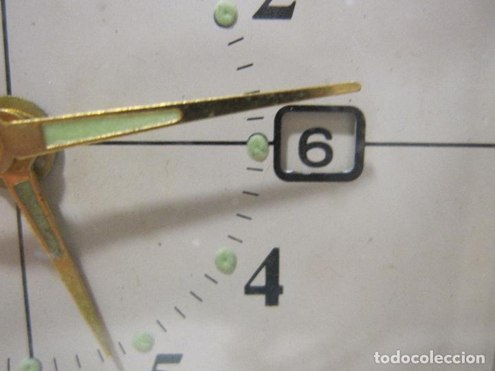 Despertadores antiguos: RELOJ DESPERTADOR DE VIAJE. VINTAGE. TOKYO CLOCK. EN FUNCIONAMIENTO. 3 X 7,5 X 10 CM (CERRADO) - Foto 4 - 214444232