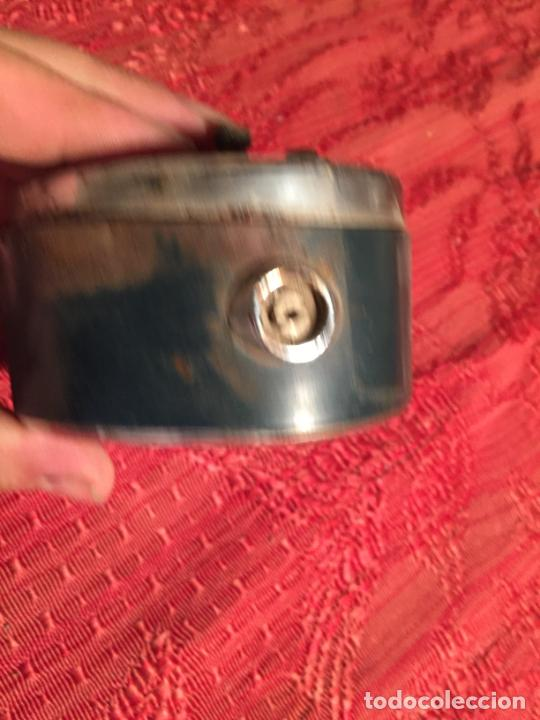 Despertadores antiguos: Antiguo despertador marca Titan de los años 60 - Foto 2 - 215043767