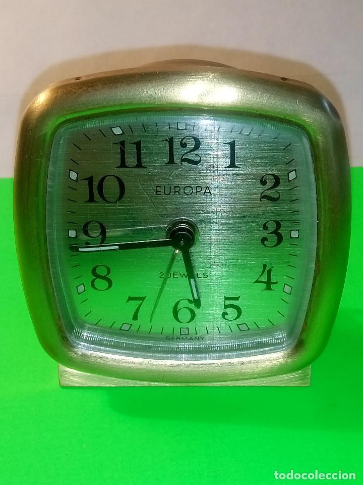 Despertadores antiguos: PEQUEÑO DESPERTADOR EUROPA EN ACERO COBRE. FUNCIONANDO. PERFECTO. DESCRIPCION Y FOTOS. - Foto 2 - 217083006