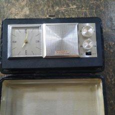 Réveils anciens: RADIO RELOJ DESPERTADOR SAXONY, AÑOS 60. Lote 218206483