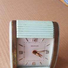 Despertadores antigos: DESPERTADOR WESTCLOX TRAVALARM,FUNCIONANDO. Lote 218399251