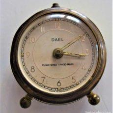 Despertadores antiguos: PRECIOSO RELOJ DESPERTADOR DAEL - REGISTERED TRADE MARK - MADE IN GERMANY. Lote 218502211