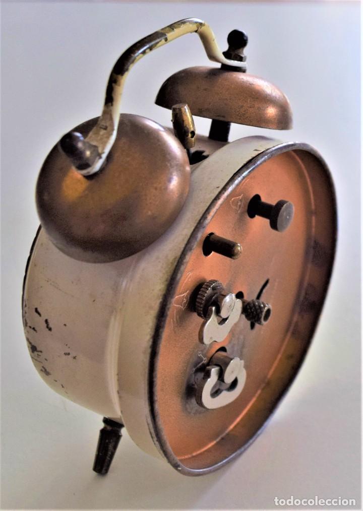 Despertadores antiguos: LOTE 6 RELOJ DESPERTADOR MARCAS BLESSIND, FAMOUS, KAISER Y DAEL FABRICADOS EN ALEMANIA - Foto 15 - 220639536