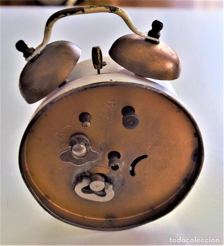Despertadores antiguos: LOTE 6 RELOJ DESPERTADOR MARCAS BLESSIND, FAMOUS, KAISER Y DAEL FABRICADOS EN ALEMANIA - Foto 16 - 220639536