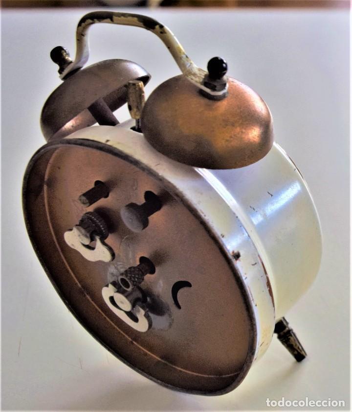 Despertadores antiguos: LOTE 6 RELOJ DESPERTADOR MARCAS BLESSIND, FAMOUS, KAISER Y DAEL FABRICADOS EN ALEMANIA - Foto 17 - 220639536