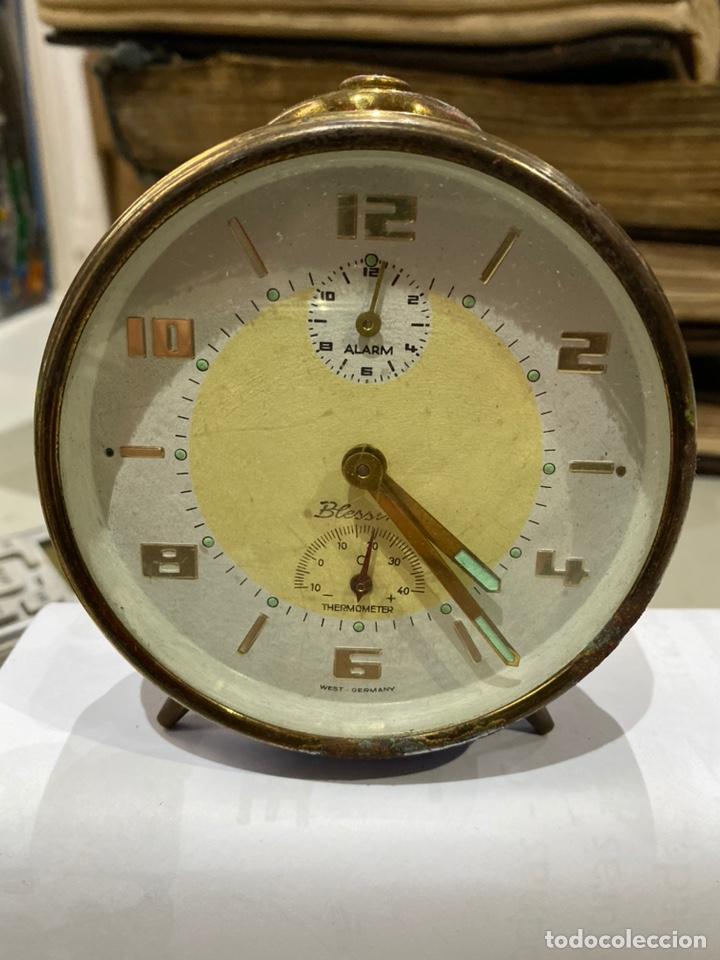 RELOJ DESPERTADOR ALEMAN MARCA BLESSING VINTAGE GERMAN ALARM Y THERMOMETER. FUNCIONA. VER FOTOS (Relojes - Relojes Despertadores)