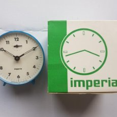 Despertadores antiguos: DESPERTADOR IMPERIA MADE IN SPAIN MECANICO EN SU CAJA ORIGINAL NEW OLD STOCK VINTAGE. Lote 225155823