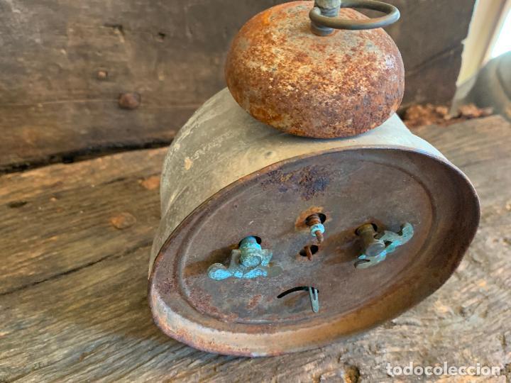 Despertadores antiguos: Curioso despertador antiguo, JOSE CULUBRET, FIGUERAS. Leer mas - Foto 8 - 227830460