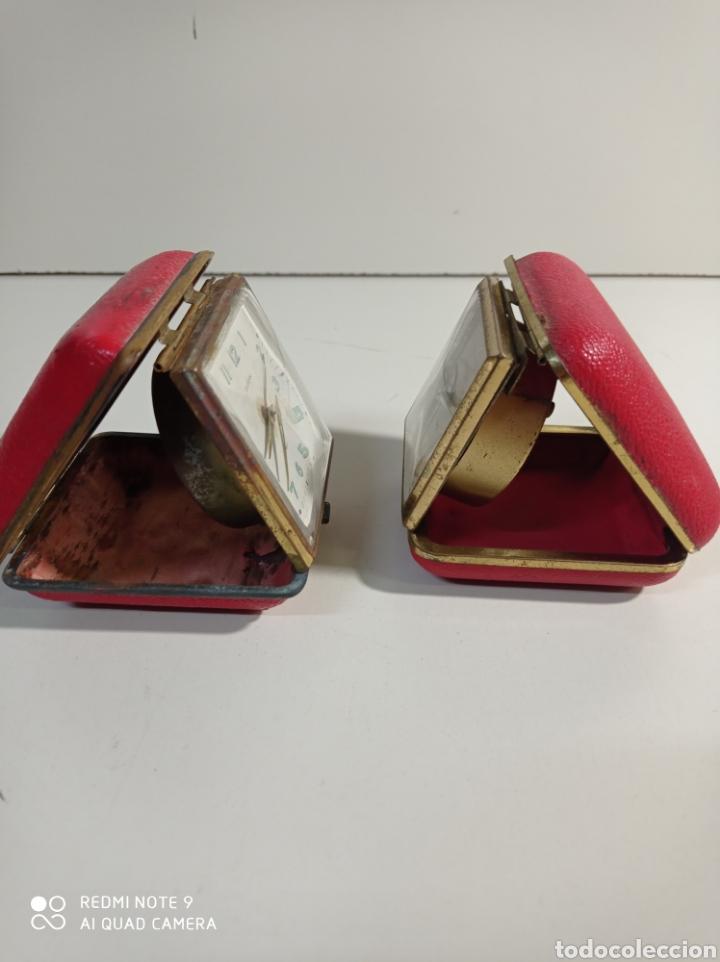 Despertadores antiguos: Lote de dos relojes despertadores Marca Europa de carga manual, fabricados en Alemania para reparar. - Foto 2 - 227914775