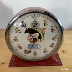 Despertadores antiguos: RELOJ DESPERTADOR BAYARD ' PINOCCHIO'MADE IN FRANCE, AÑOS 60. FUNCIONA. Lote 227988720
