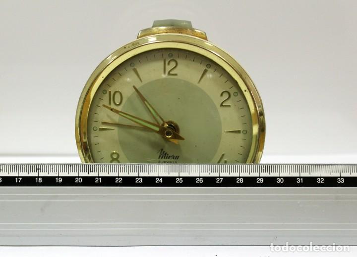 Despertadores antiguos: Reloj despertador MICRO 2 JEWELS. - Foto 9 - 228007945