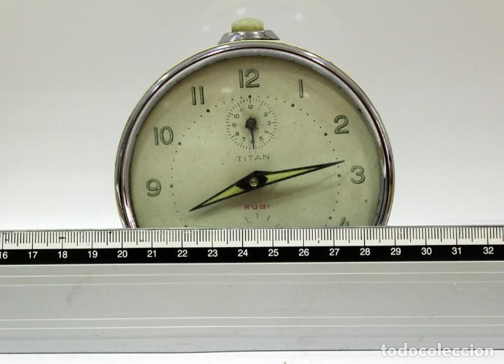 Despertadores antiguos: Reloj despertador TITAN - RUBI - Foto 9 - 228009900