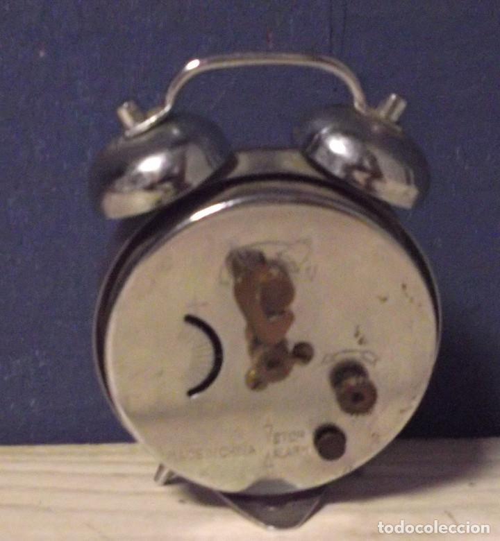 Despertadores antiguos: Pequeño despertador de cuerda - Foto 2 - 231242240