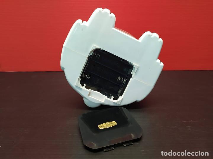 Despertadores antiguos: Antiguo Reloj despertador forma de perro dalmata. Años 80-90. vintage Funcionando - Foto 6 - 231888470