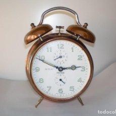 Despertadores antiguos: RELOJ DESPERTADOR PETER - SEGUNDA GUERRA MUNDIAL.. Lote 234825835