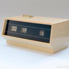 Despertadores antiguos: DESPERTADOR RETRO FLIP FLOP, MUY DECORATIVO. NO PROBADO, PATA DE PILA ROTA. VER FOTOS. Lote 234936235