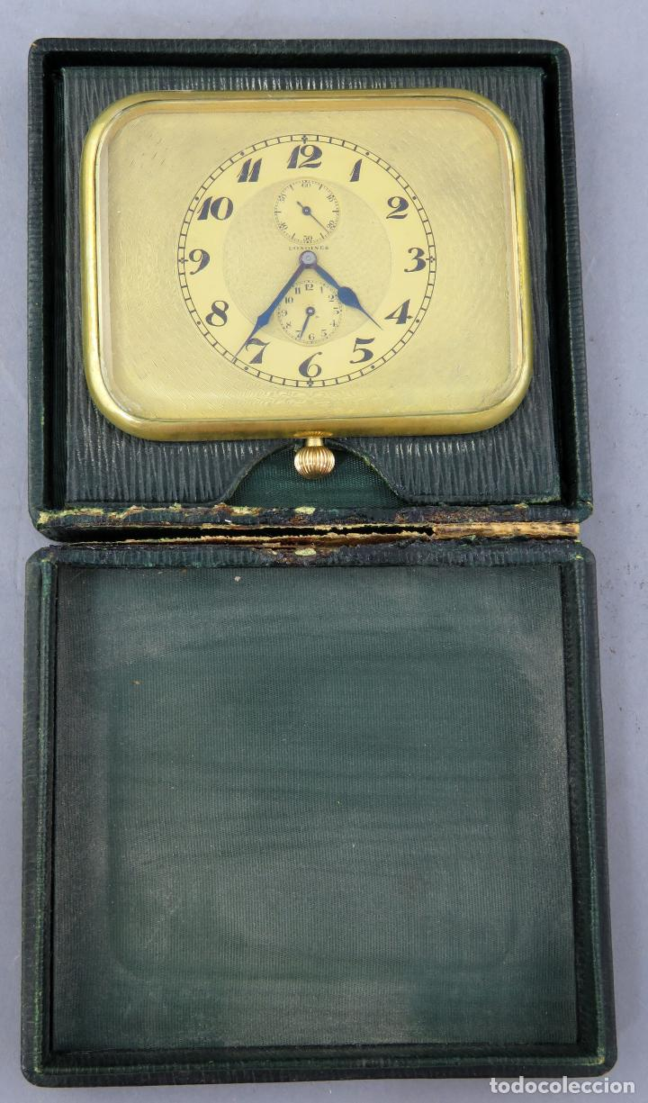 Despertadores antiguos: Reloj despertador de viaje portatil Longines segundero a las doce con estuche de piel siglo XX - Foto 2 - 237511470