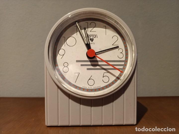 Despertadores antiguos: VINTAGE RELOJ DESPERTDOR KRIPTON - Foto 5 - 237946000