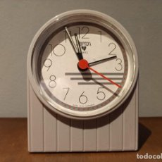 Despertadores antiguos: VINTAGE RELOJ DESPERTDOR KRIPTON. Lote 237946000