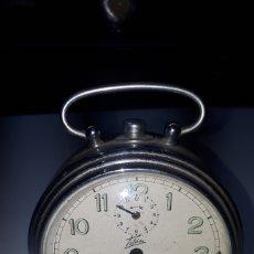 Despertadores antiguos: ANTIGUO RELOJ DESPERTADOR TITAN RUBI LEER DESCRIPCIÓN. Lote 241861230